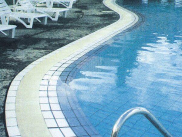 Wave Drain Grate Poolside - Aquachem